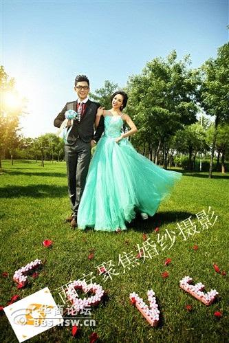 流行的婚纱照风格与众不同