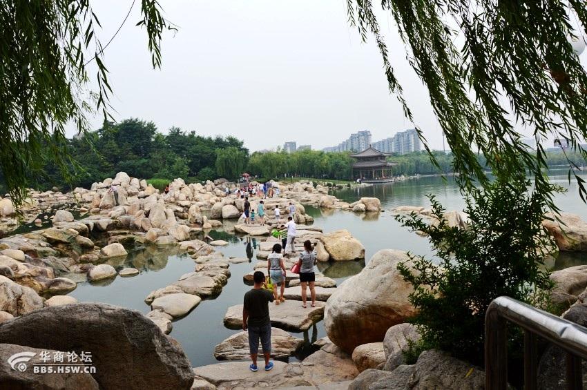西安/描述:唐城公园23.jpg