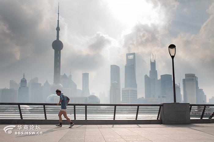 效果,拍拍别的地方还行,但如果拍的东方明珠塔,我将完败在上海
