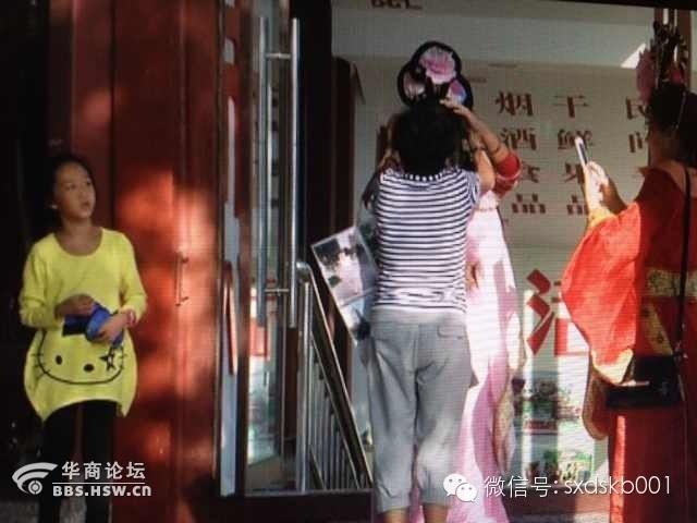 ...金周期间引起了省内外各地游客的广泛关注有些手机新闻客户